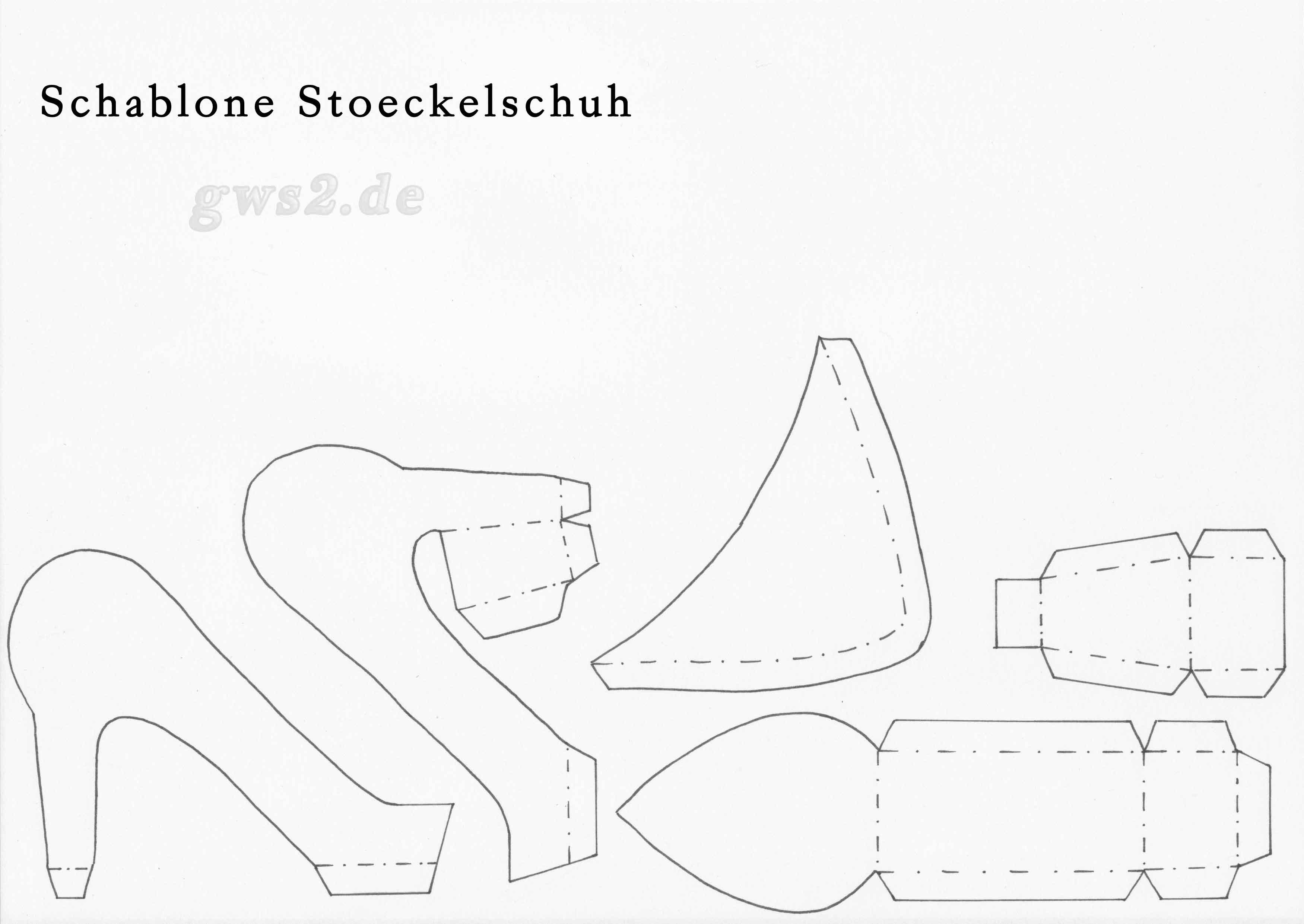 pumps schuhe aus papier selbst basteln so geht s. Black Bedroom Furniture Sets. Home Design Ideas