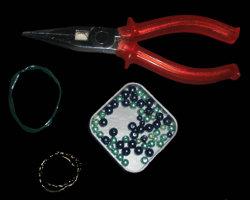 Bild von Werkzeug zur Herstellung von Bastelpins