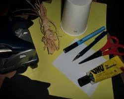 Bild von Material für einen Becherlöwen