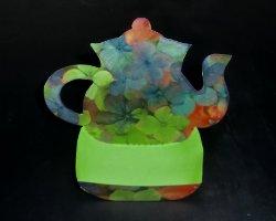 Bild von Teekanne als Tischdekoration