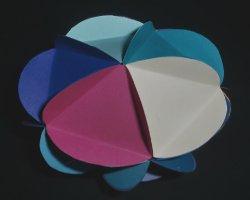 Bild von bunter Papierkugel