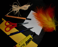 Bild von Bastelmaterial für einen Raben