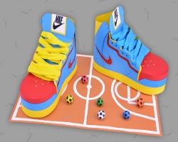 Turnschuhe basteln stylische Sneakers aus Papier