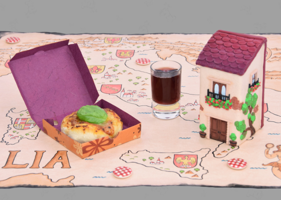 How to make a florentine Palazzo out of Polymer Clay? The small Doll's house stands on an antique Map of Italy from the year 1861, which was drawn by Veronika Vetter. Art for the american Upper class, who vote for the Republican party